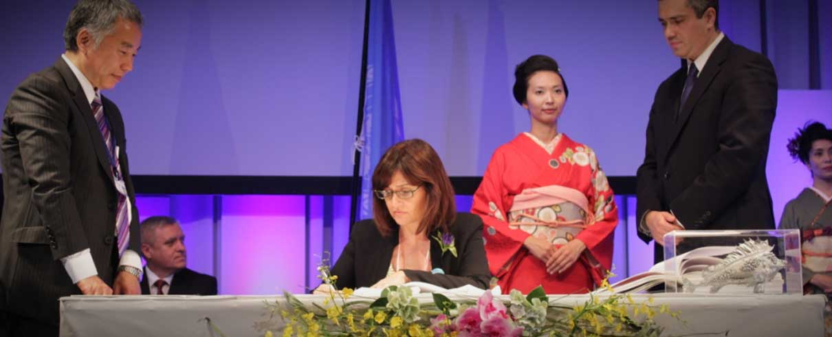 Mercury Treaty being signed at the Diplomatic Conference in Japan